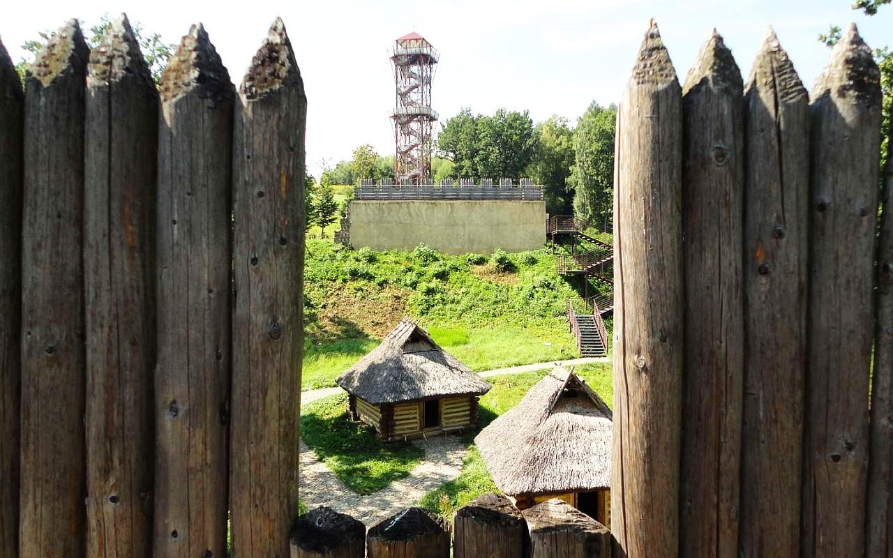 """""""Karpacka Troja"""" - nowo odkryta historia skansenu w Trzcinicy"""